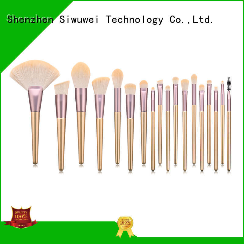 GLEAMUSE really nice makeup brushes manufacturers used for face painting