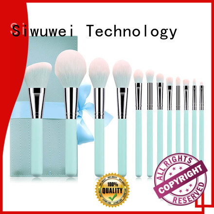 GLEAMUSE Custom biggest makeup brush factory for women