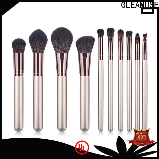 GLEAMUSE makeup brush set offers company for women