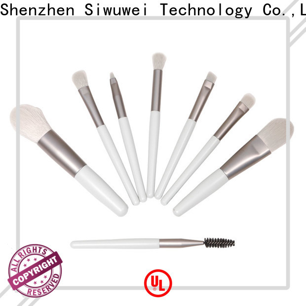 GLEAMUSE New natural makeup brush set manufacturers used for face painting