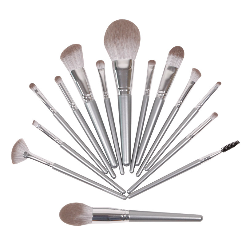 Hot sale silver 11 pieces makeup brushes set with wooden handle